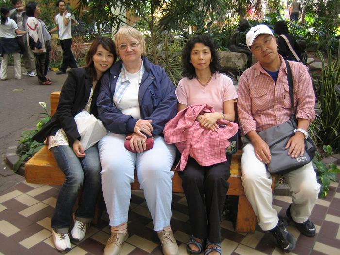 シニア留学 カルガリー 娘さんがお世話になったホストファミリーと Ikukoさん