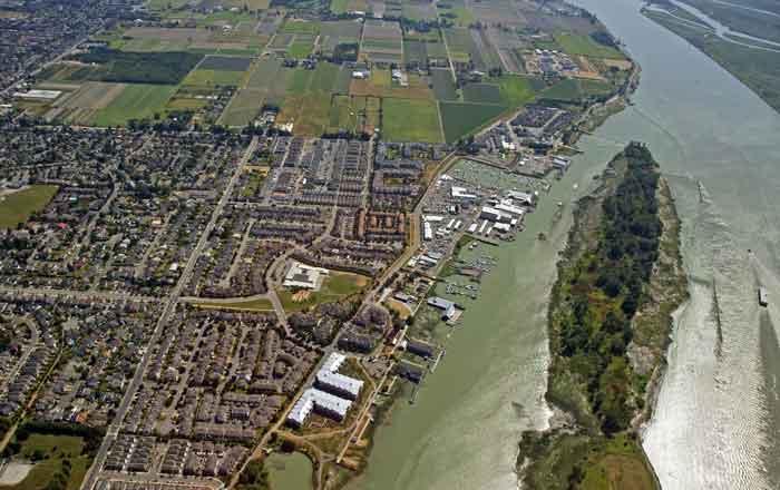 リッチモンドの街並みの航空写真