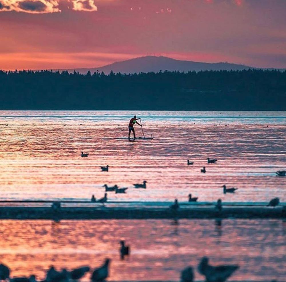サレーのピンクの湖