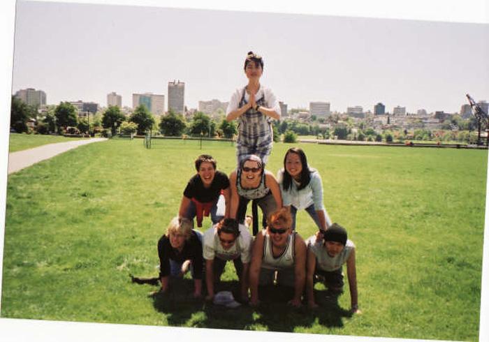 語学留学 バンクーバー Asamiさん 仲間とピラミッド