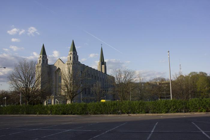 ラバルの聖堂