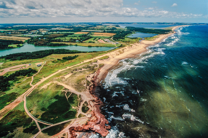 プリンスエドワード島の海岸線の航空写真