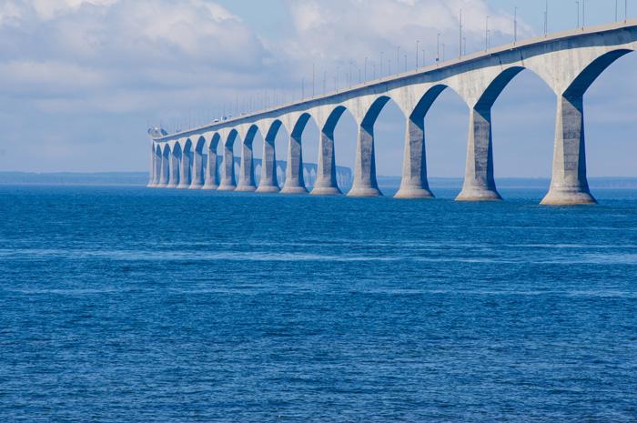 プリンスエドワード島のコンフェデレーションブリッジ
