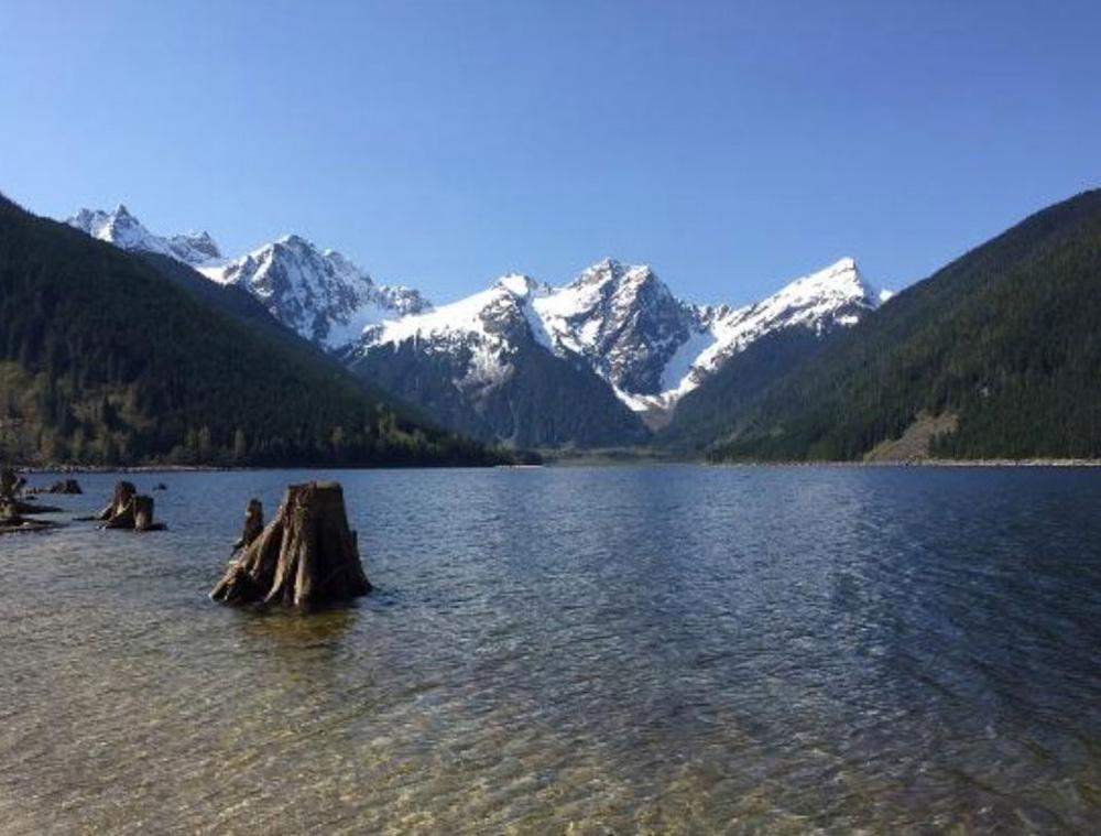 チリワックの湖