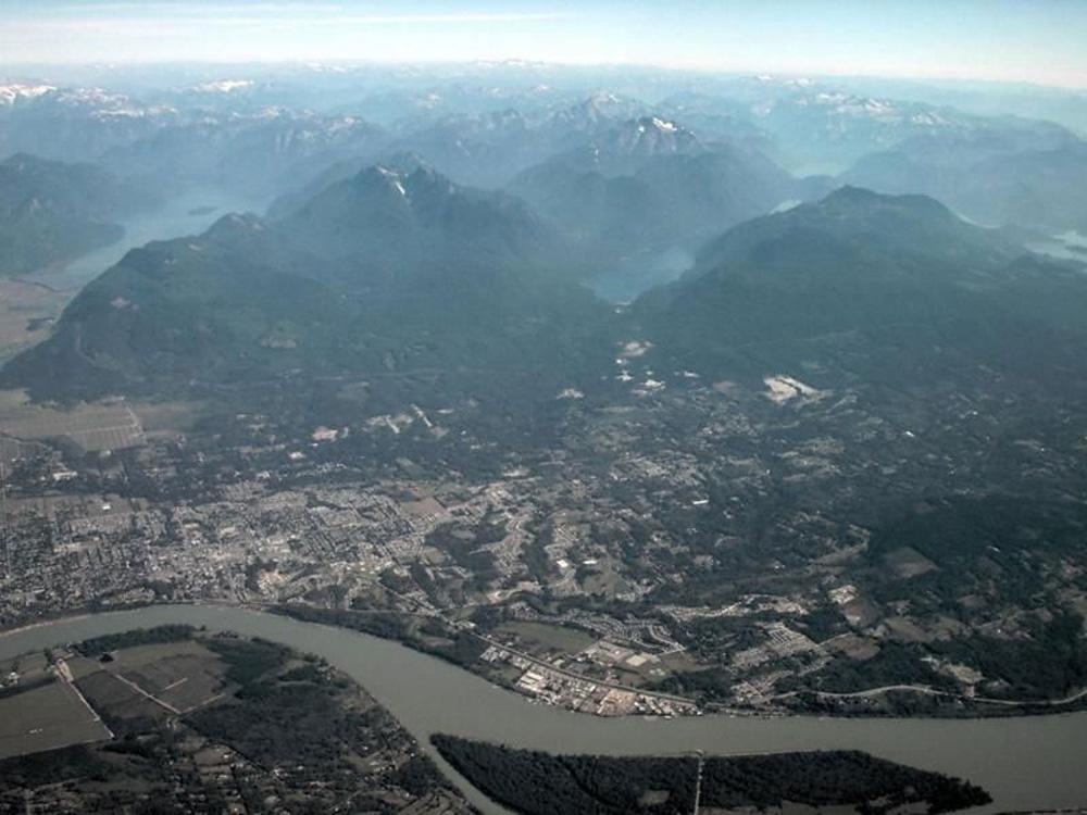 メープルリッジの航空写真