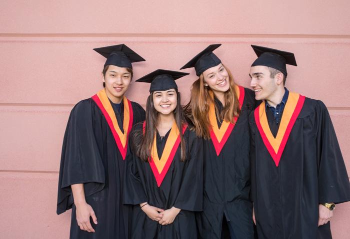 ノバスコシア教育委員会 卒業おめでとう