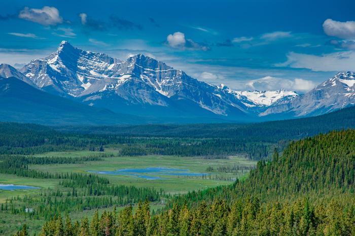 留学に適した国カナダ 美しいロッキーの山