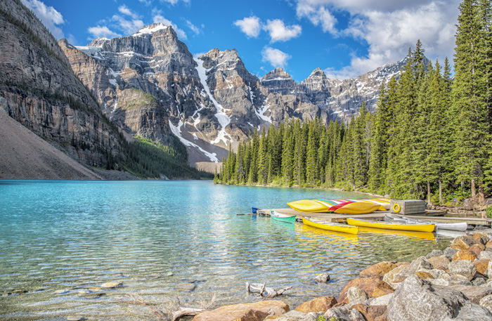 留学に適した国カナダ 美しい湖と絶景