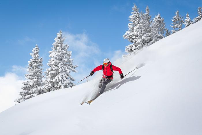 様々なアクティビティ ウィスラーでスキー