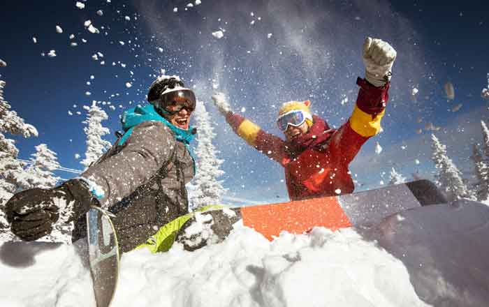 カナダ スキースノーボード留学 仲間との素晴らしい時間