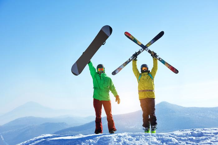カナダ スキースノーボード留学 スキーヤーとスノーボーダー