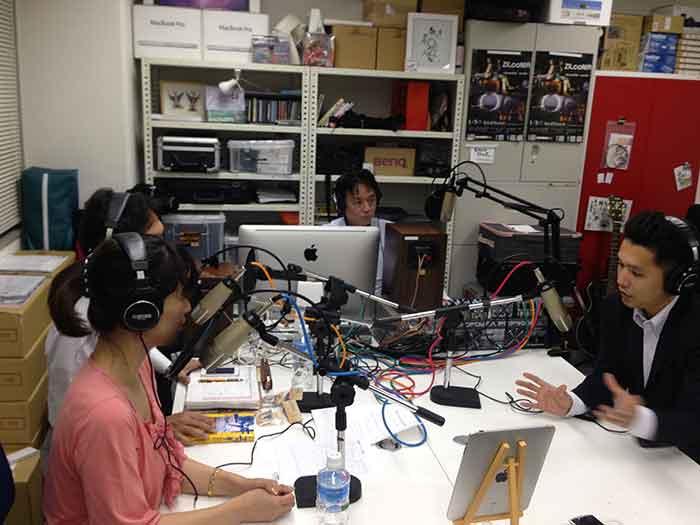 ラジオ出演時の様子