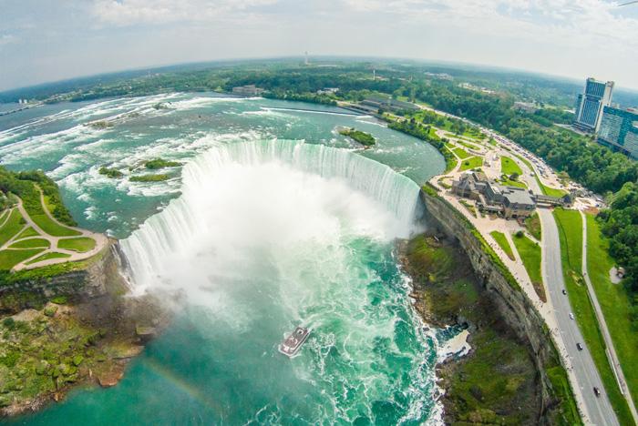 美しいカナダの自然 オンタリオ州ナイアガラの滝