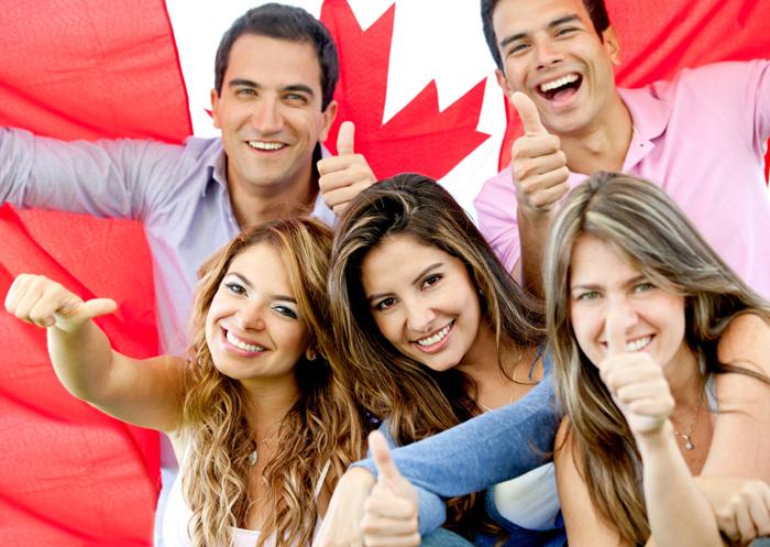 カナダ国旗とカナダ人