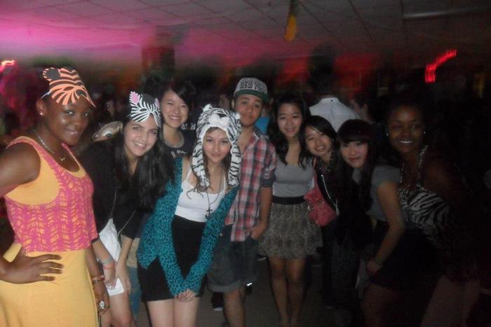 高校卒業留学 大学卒業留学 ノバスコシア州 ダンスパーティーにて Madokaさん