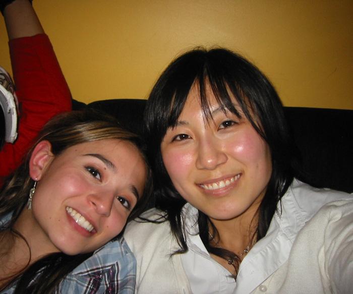 大学付属語学留学 長期 ビクトリア 一番の親友、カーメンとの大切な写真 Chiakiさん