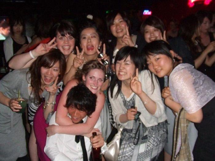 語学留学 インターンシップ バンクーバー パノラマ Yumikoさん 仲間との飲み会