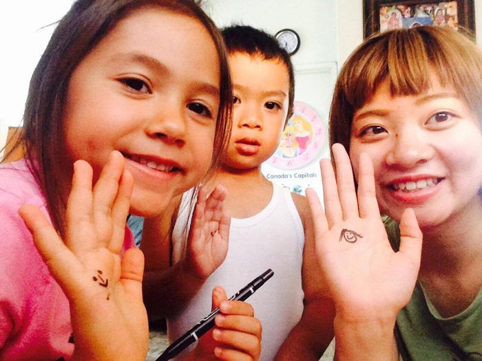 語学留学 短期 バンクーバー かわいい子供達と Mahoさん