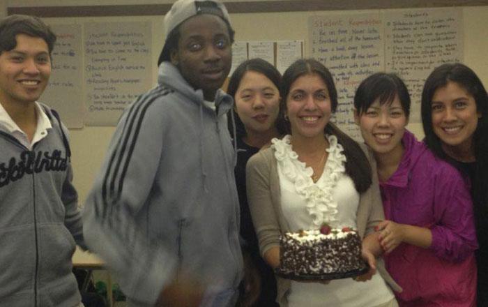 大学付属語学留学 カルガリー Rikako クラスメートの誕生日