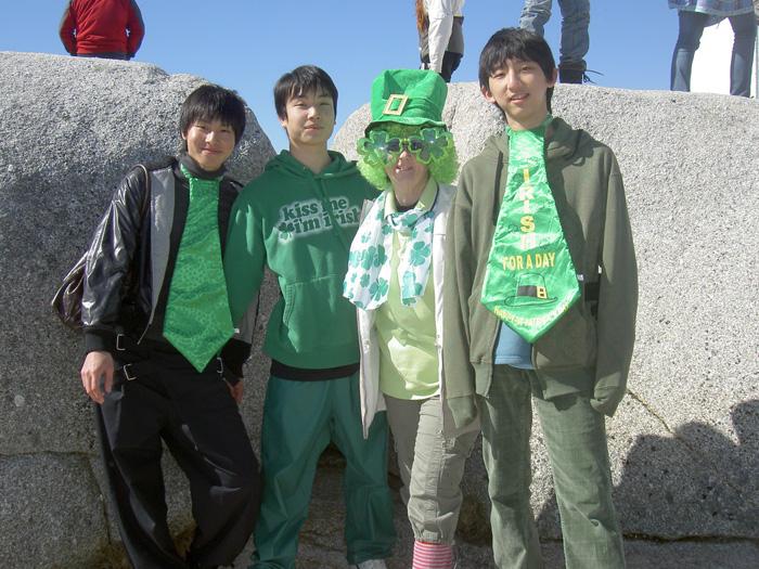 高校留学 ノバスコシア州 みんな、緑で統一してみた Ryugoさん