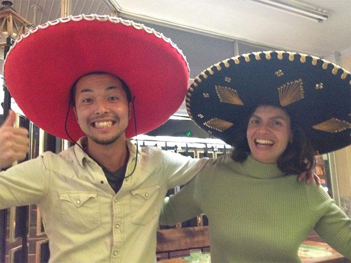 バンクーバー 語学留学 カレッジ正規留学 メキシカンハットでダンス Tatsuyaさん