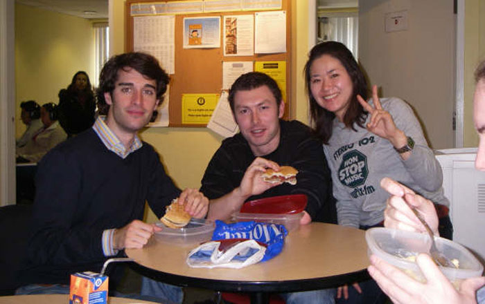 ワーキングホリデー バンクーバー Megumiさん クラスの仲間達