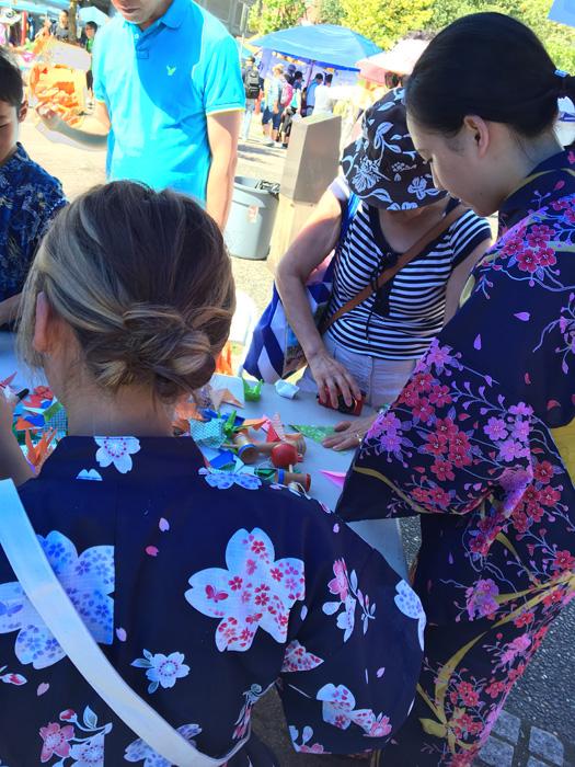 Ayakaさん ボランティアでカナダ人に日本文化を紹介