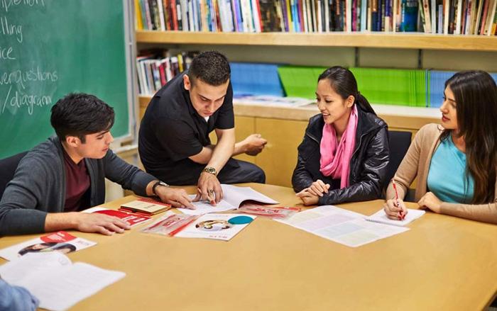 Heartland ミシサガの語学学校