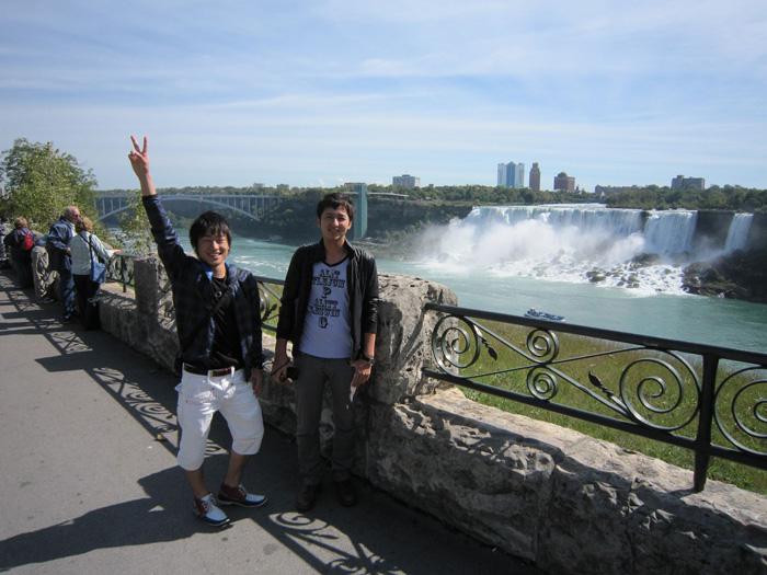 語学留学 トロント Kenseiさん ナイアガラの滝を訪問