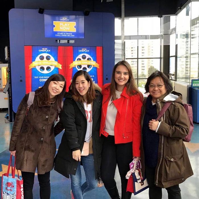 ワーホリ バンクーバー Rinaさん 友達と観光