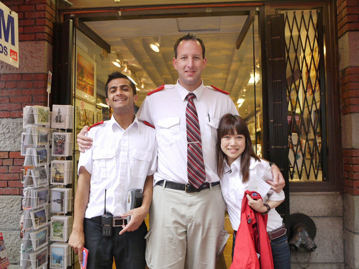 語学留学 & 仕事体験 バンクーバー Ayakaさん 仕事先の上司と