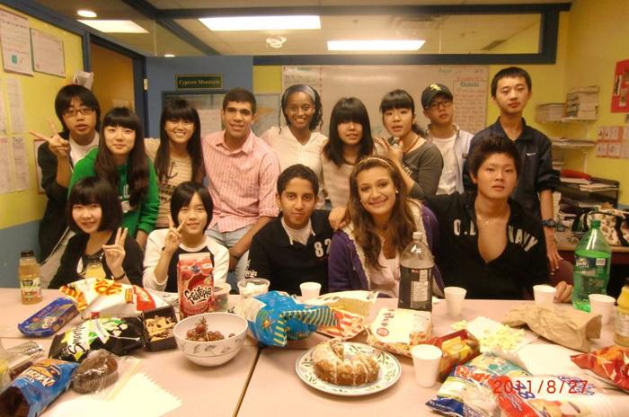 高校留学 ラングレー Yukaさん 仲間達とのパーティー