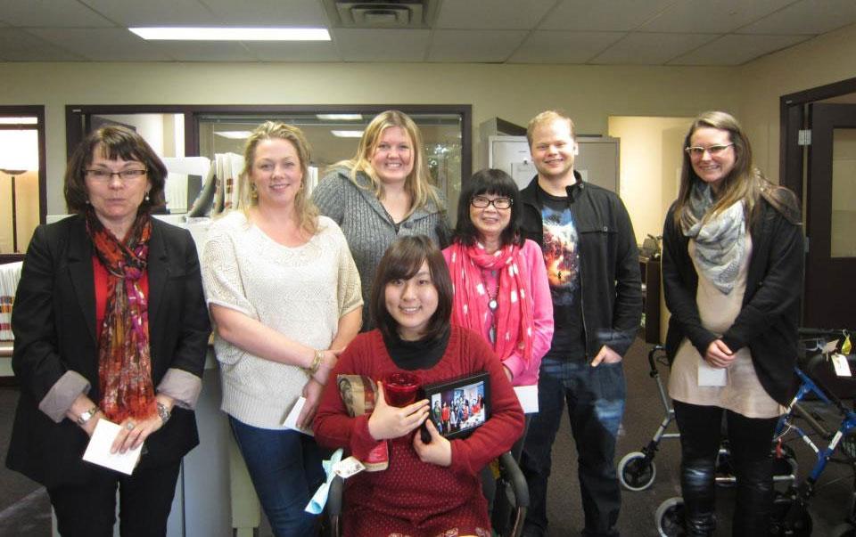 語学留学 インターンシップ 仕事体験 長期留学 ケローナ バンクーバー インターン先の皆さんとの最後の日 Yuiさん