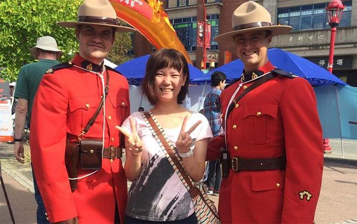 夏休み語学留学 バンクーバー RCMPの人々と Yurikoさん