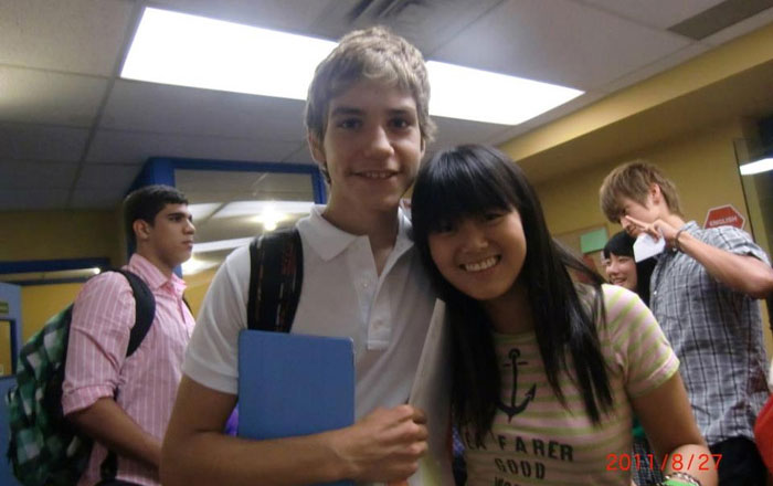 高校留学 ラングレー Yukaさん クラスメートとの写真