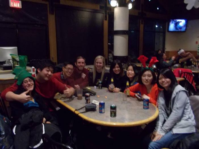 語学留学 インターンシップ バンクーバー パノラマ Yumikoさん 仲間との集まり
