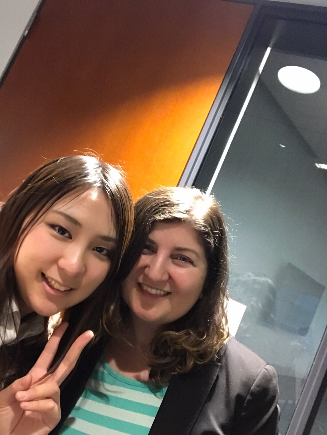 インターンシップ バンクーバー 同僚と Misakiさん