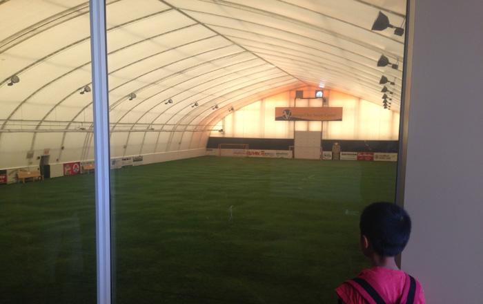 バーノン教育委員会のサッカーアカデミーの施設