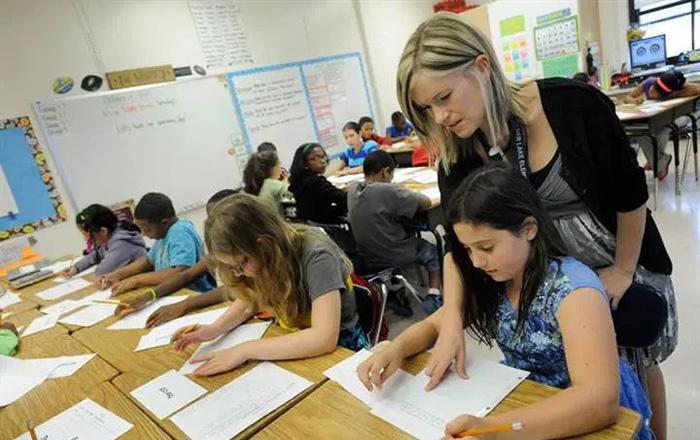エドモントン教育委員会の授業風景