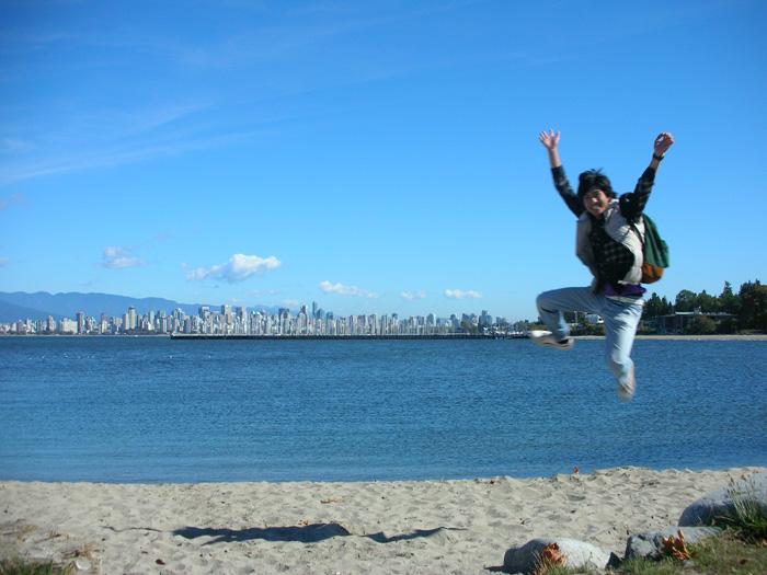 短期語学留学 バンクーバー English Bayでジャンプ Takeshiさん