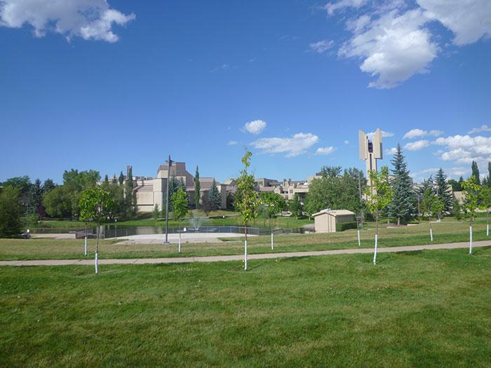 マウントロイヤル大学(Mount Royal University)の美しいキャンパス