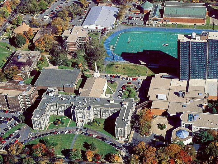 セントメアリーズ大学の航空写真