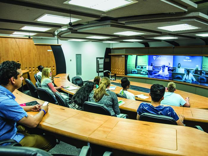 レイクヘッド大学の授業風景
